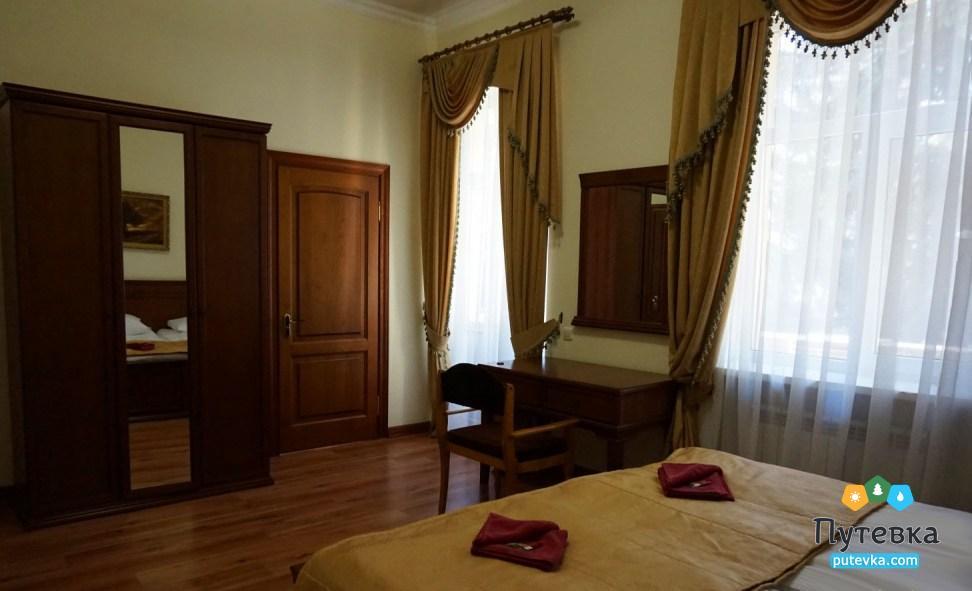 Фото номера Люкс 2-местный 2-комнатный (корп. №1 «Центральный»), 2