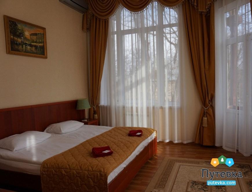 Фото номера Люкс 2-местный 2-комнатный (корп. №4 «Дача генерала Макарова», №5 «Лермонтовский»), 2