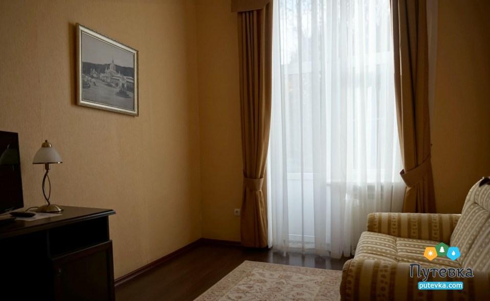 Фото номера Апартаменты 2-местный 3-комнатный (корп. №5 «Лермонтовский»), 4