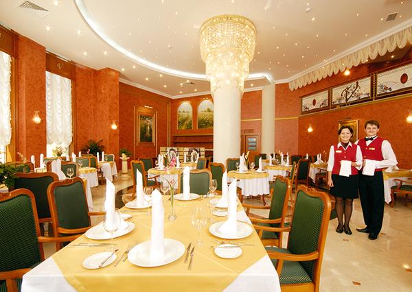 Отель Валентина Гранд Отель,Ресторан