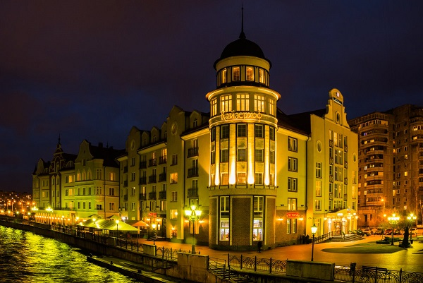 Отель Кайзерхоф,ночной вид