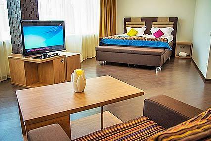 Отель Багатель,Стандартный улучшенный 2-местный
