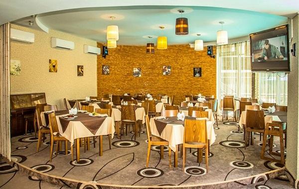 Отель Багатель,Кафе