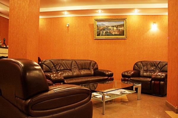 Отель KMM,