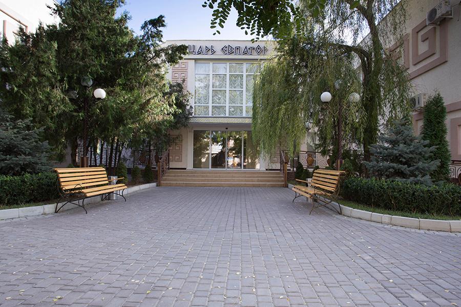 Отель Царь Евпатор,Главный вход