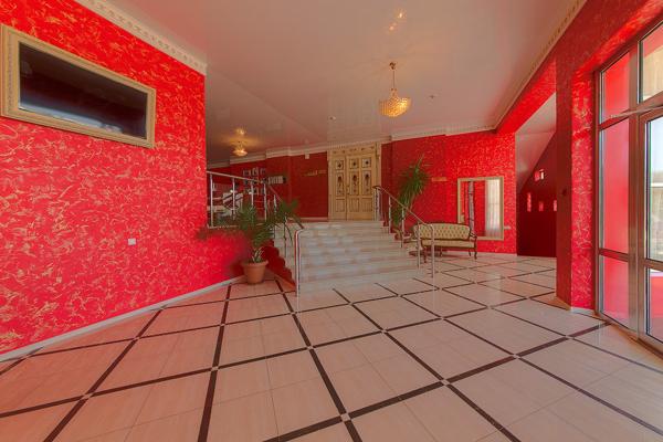 Гостиница Red Hotel (Рэд отель),Холл