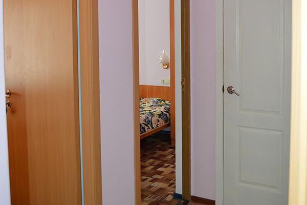 Общий коридор у 2-экономов