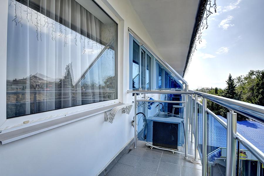 Отель Сурож,Балкон