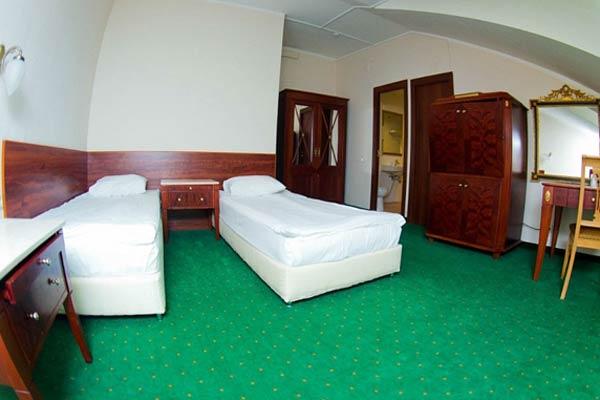 Гостиница Отель Парк Крестовский,Семейный на мансарде 4-местный