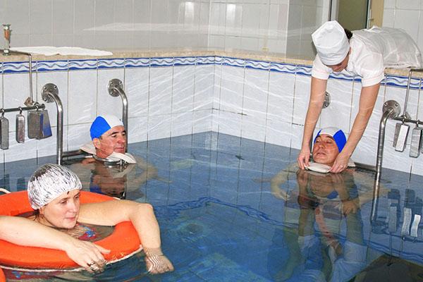 Подводное  вытяжение позвоночника