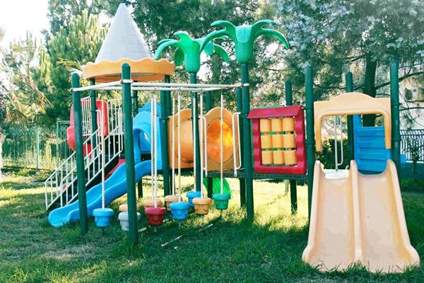 Отель Oasis,Детская площадка