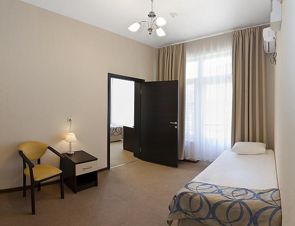 Стандартный 2-местный 2-комнатный TWO-ROOMS STANDART
