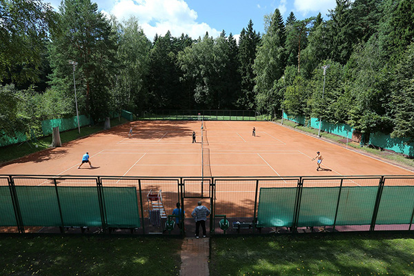 Санаторий Барвиха,Теннисный корт