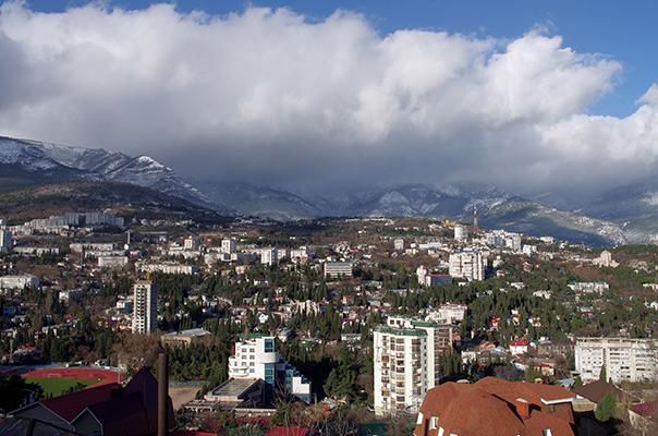 Гостиница Крымская Ницца,Вид на город. Зимняя Ялта