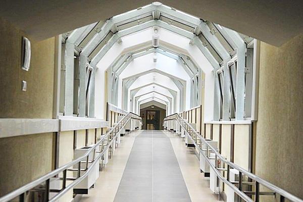 Санаторий Жемчужина,Крытый переход между корпусами