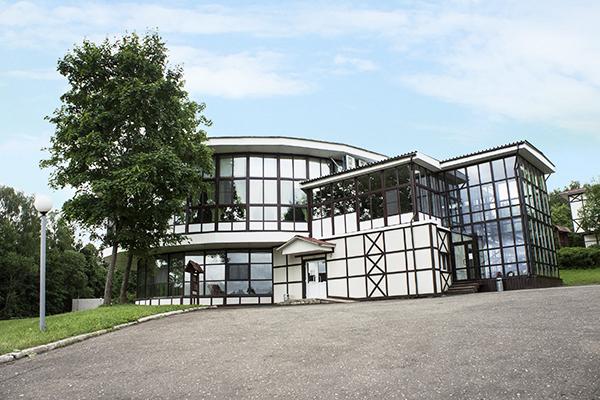 Загородный отель Heliopark LESNOY,Фасад