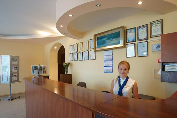 Туристско-оздоровительный комплекс Маяк ТОК (Феодосия),Служба размещения