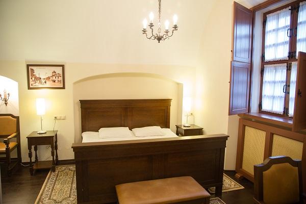 Гостиница Монастырский,Suite