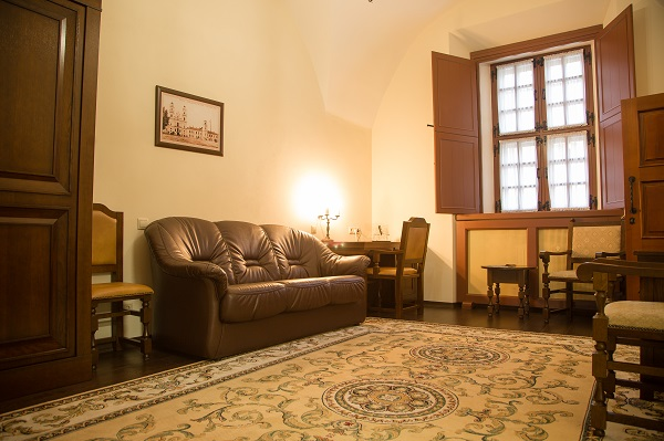 Гостиница Монастырский,Luxe