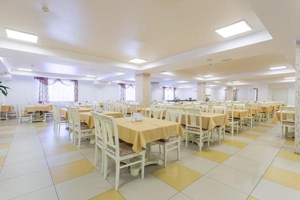 Курорт-отель Санмаринн,Питание