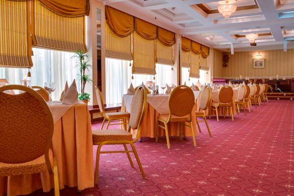 Отель Park Inn by Radisson Полярные Зори,Ресторан