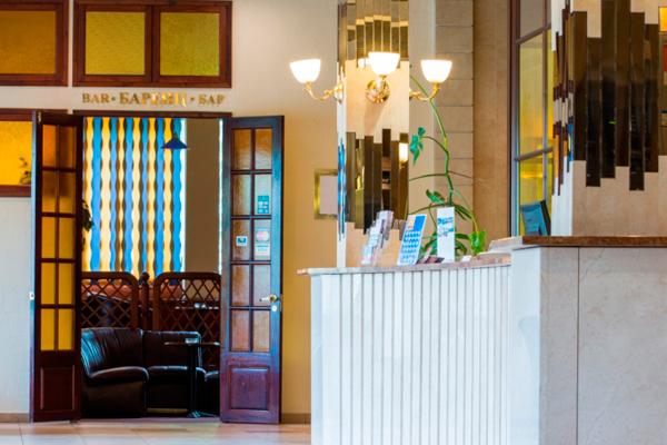 Отель Park Inn by Radisson Полярные Зори,Холл
