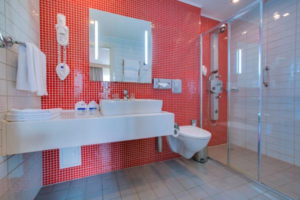 Отель Park Inn by Radisson Полярные Зори,Ванная комната