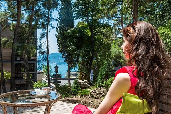 Отель Green park Yalta-Intourist,Кафе. Вид на море и Ялту