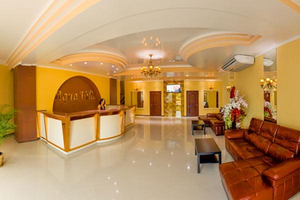 Отель Аква Вилла (Aqua Villa),Холл отеля