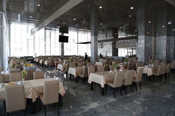 Лечебно оздоровительный комплекс Минэкономразвития России (ex. Вороново) ,Ресторан в Главном корпусе