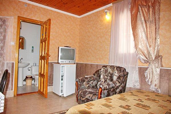 Гостиница Сокол,Стандарт 3-местный
