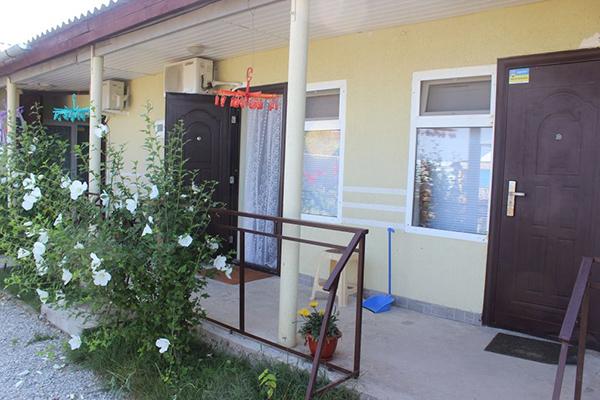 Гостевой дом Бумеранг,Вход в номер
