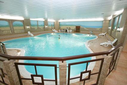 Отель Атлас Парк-Отель,Бассейн