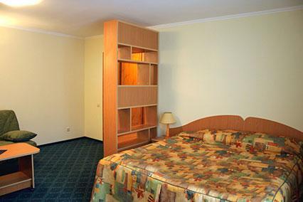 Люкс 2-комнатный с балконом