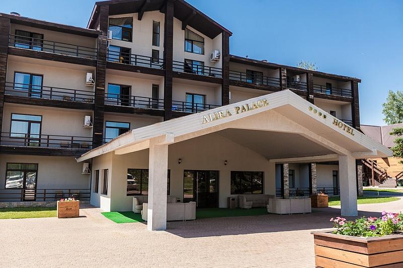 Парк-отель Ая,Территория парк отеля Ая (3)