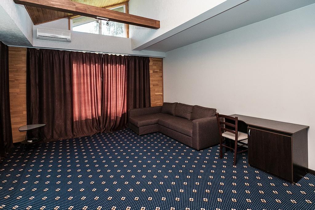 Люкс 2-местный 2 комнатный (корпус Шале) (5)