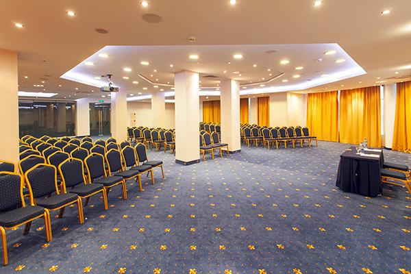 Конференц-зал «Нева»