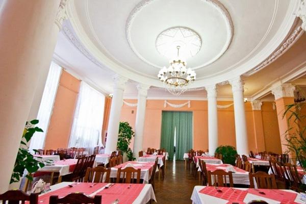 Ресторан в корпусе Русь
