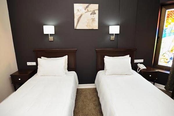 Отель Piazza Inn,