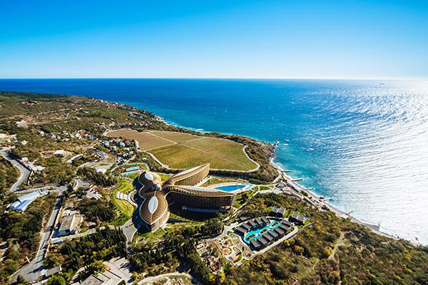 Санаторно-курортный комплекс Mriya resort,Вид на СКК MRIYA RESORT&SPA