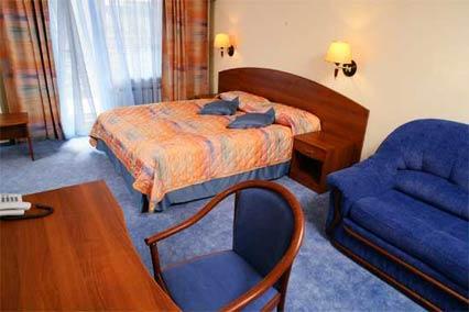 Отель Тропикана,Семейный номер