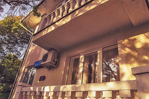 Комплекс отдыха Гурзуф-центр Пушкино (ex. Жемчужина),Коттедж Луганский