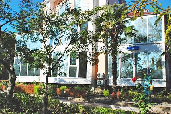 Комплекс отдыха Гурзуф-центр Пушкино (ex. Жемчужина),Коттедж Днепропетровский