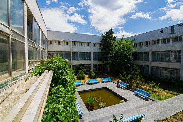 Санаторий Таврия,Территория.  Медицинский корпус