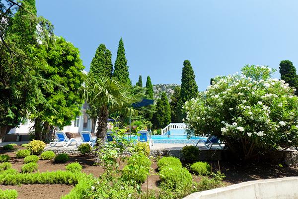 Отель Усадьба Голубой Залив,Территория