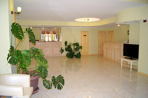 Отель Усадьба Голубой Залив,Холл в корпусе