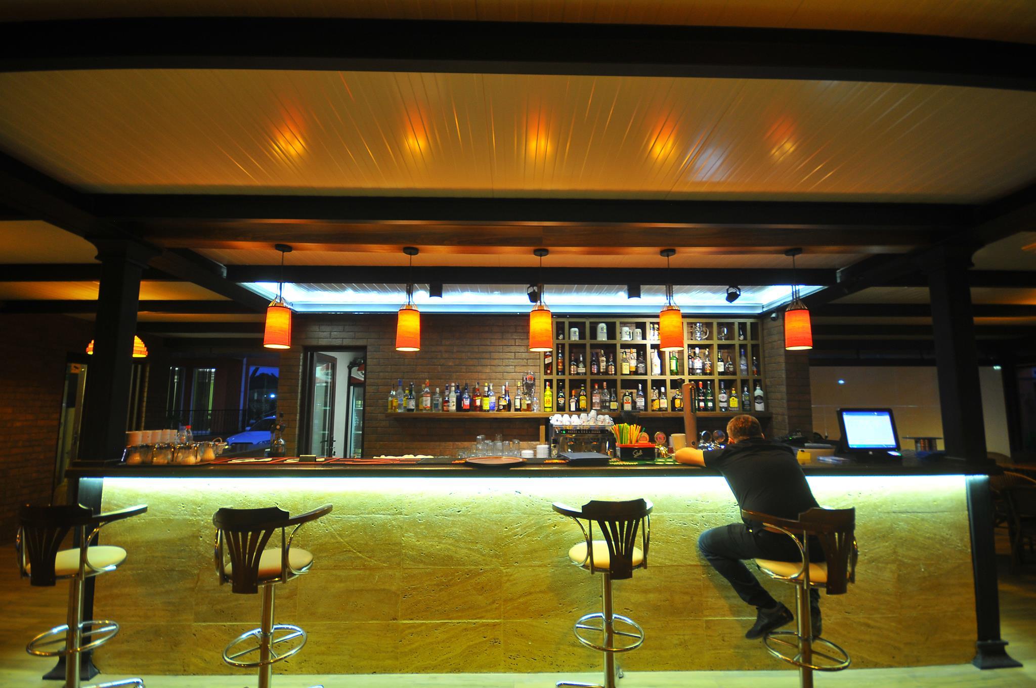 Отель Neptun,бар
