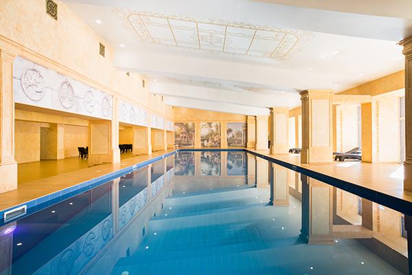 SPA-Отель Аристократ Гранд отель,Крытый бассейн