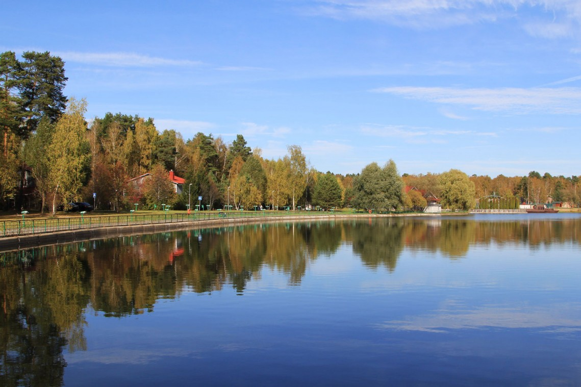 Гостиница Moscow country club,lake-panorama
