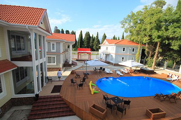 Отель Макс (Maxx),Бассейн